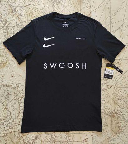 Футболка Nike оригінал S