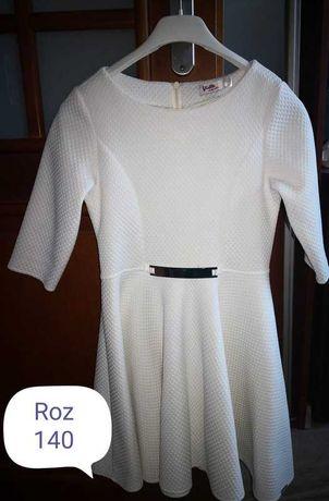 Sukienka biala 140 dla córci