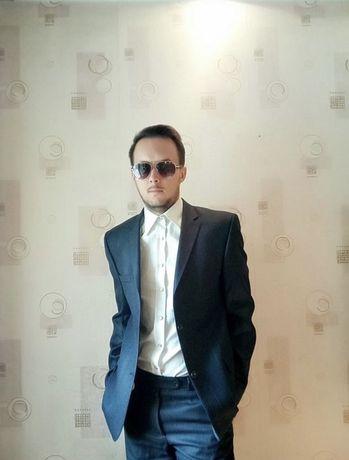 Мужской стильный брючный костюм (Италия)