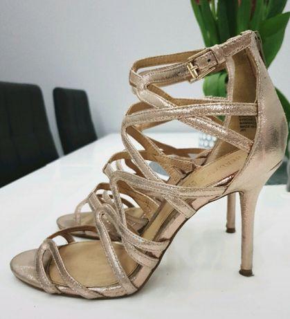Sandalki DUNE