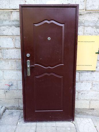 Drzwi zewnętrzne z demontażu