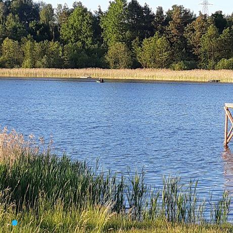 Działka budowlana nad jeziorem (rezerwacja)