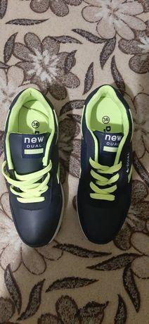 Кросівки Dual 36 розмір
