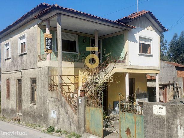 Moradia V3, Pinheiro da Bemposta, Travanca e Palmaz, Oliveira de Azemé