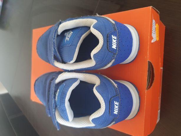 Adidasy Nike r. 31