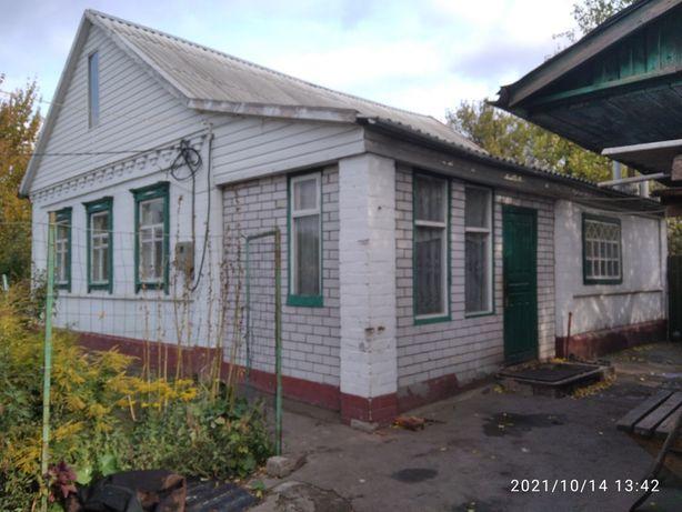 Продам дом в селе Перемога .