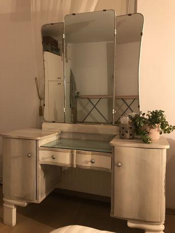 Toaletka, stylowy mebel idealna do sypialni!