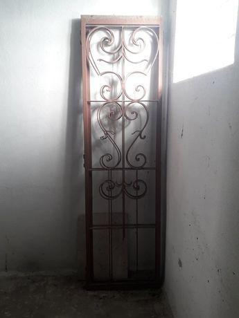Conjunto de três Portas de Jardim para PORTÃO
