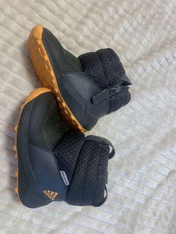 Взуття Adidas для хлопчика