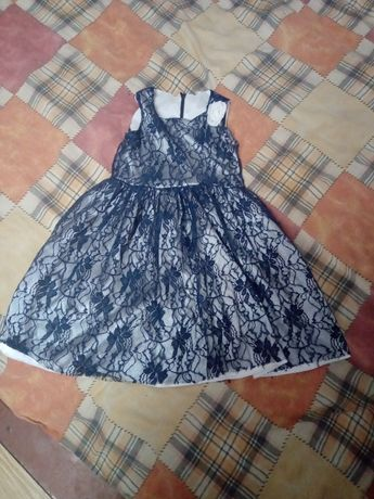 Платье на девочку 2 лет 100 р