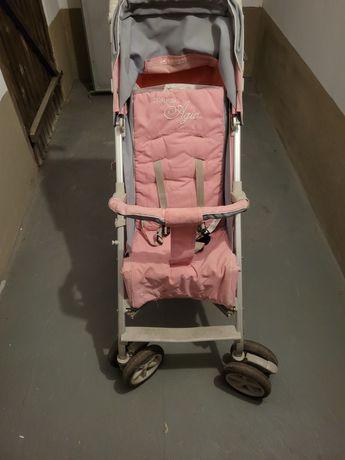 Spacerówka dla dziecka.