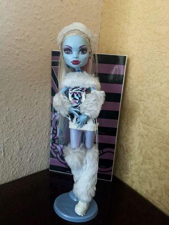 Оригинальная кукла Монстер Хай Эбби Боминейбл, базовая.