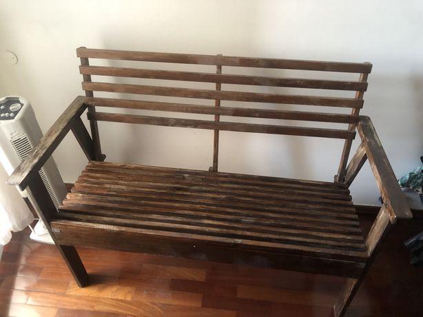 Cadeira dois lugares em madeira jardim