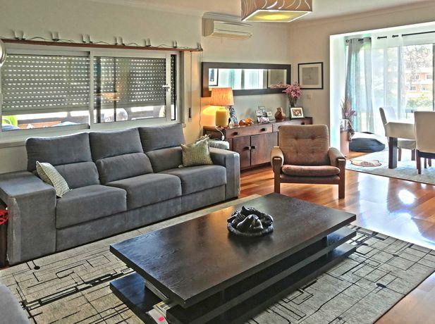 Apartamento T3, 3 varandas, garagem box e arrecadação, Cascais
