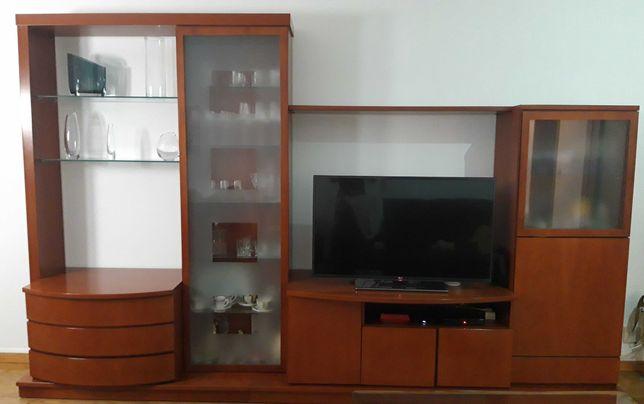 Mobiliário de sala de estar e jantar e hall