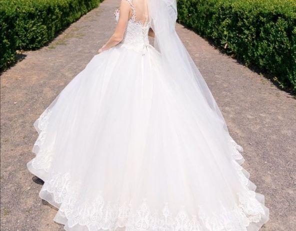 Пышное свадебное платье. Аренда свадебного платья. XS-M Айвори