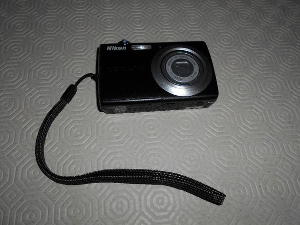 Máquina Fotográfica Nikon S203