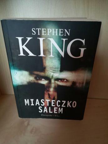 King - Miasteczko Salem