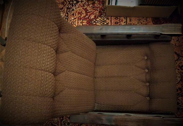 2 fotele z wysokim oparciem