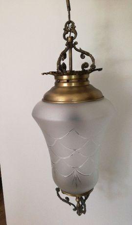 zabytkowy żyrandol, lampa wisząca