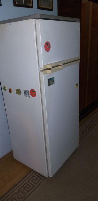 Холодильник двух камерный Минск 15