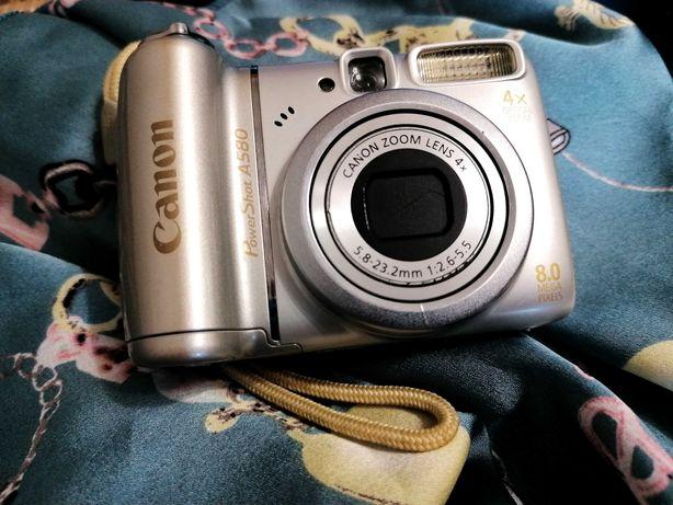 Цена снижена! Цифровая фотокамера Canon + карта памяти 2 гигабайта