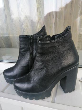 Кожаные ботинки ботильйоны