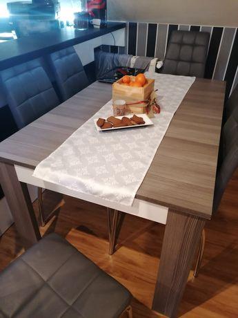 Stół obiadowy rozkładany