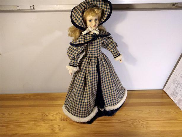 lalka porcelanowa w stroju zimowym 45 cm