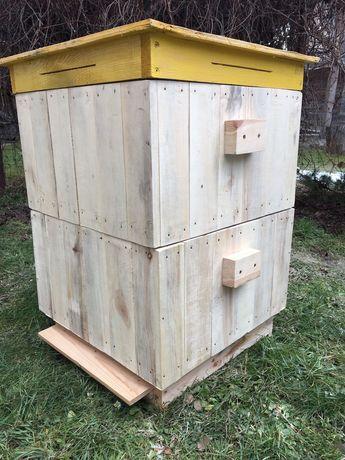 Ule wielkopolskie 10 ramkowe plus zdrowa silna rodzina. Pszczoły.