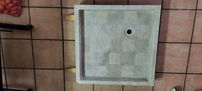 Base de duche em pedra