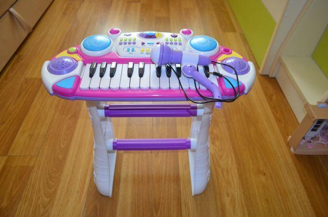 Піаніно дитяче в хорошому стані
