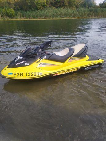 Продам водный мотоцикл 2004год 185 сил на турбине четырех тактный