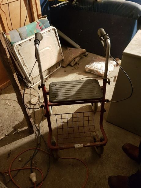 Wózek zakupowy dla seniora