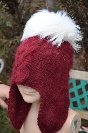 Актуальная зимняя шапка из натуральной шерсти, с натуральным мехом