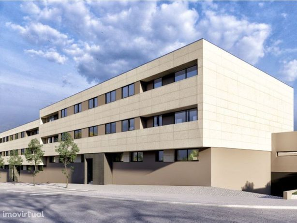 Apartamento T2 novo, com varanda e garagem para 2 viatura...