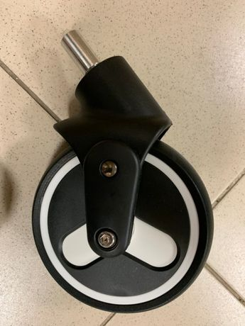 колесо переднее для коляски yoya plus 3.йойа плюс 3 колеса