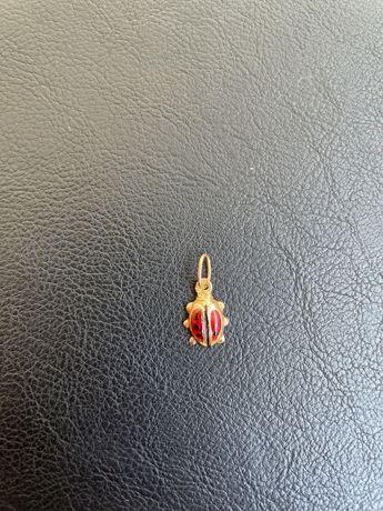 Pendente joaninha pulseira ouro 19,2k