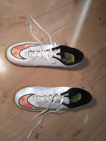 Buty halówki Nike Mercurial