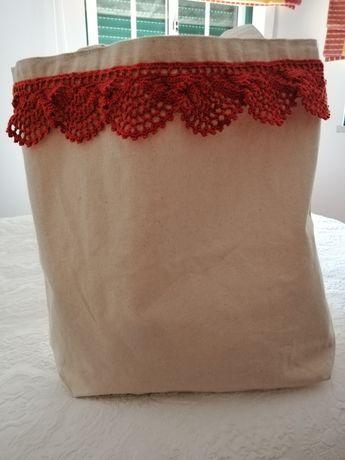 Saco de praia feito à mão