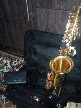 Радіо мікрофон для саксофона, труби Shure 1300грн.
