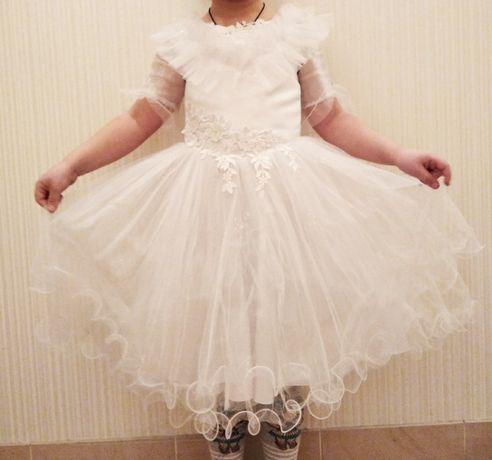 Платье на утренник 4-6 лет. Великолепное