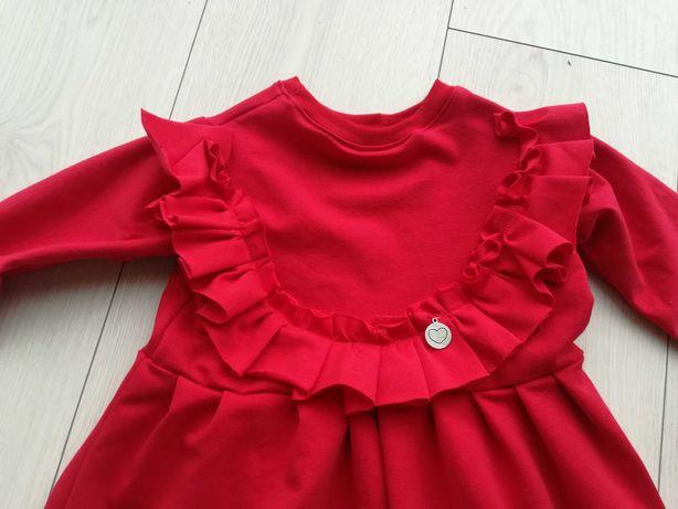 Czerwona sukienka z falbanką rozmiar 62