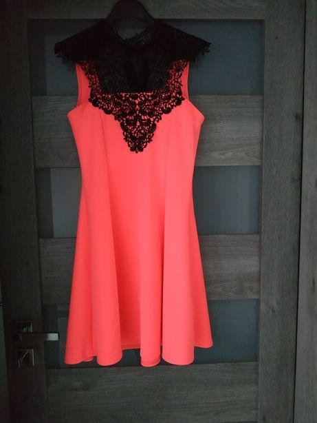 Sprzedam sukienke rozmiar 36-38