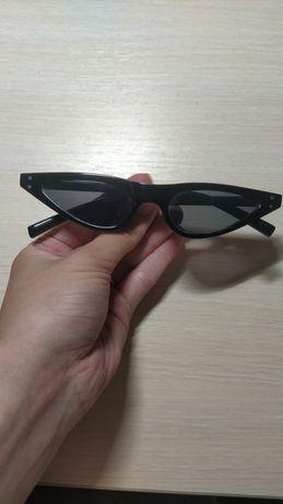 Футуристические узкие очки