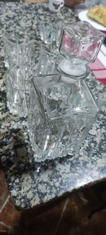 Copos e Garrafas de Whisky + Copos de Shot - Cristal