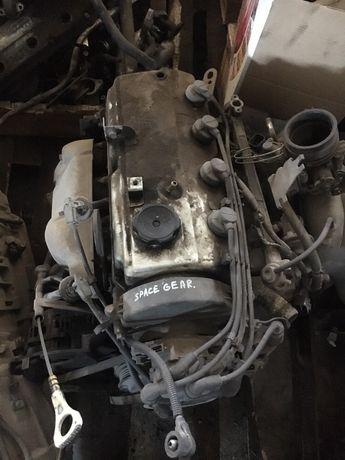 Двигатель mitsubishi space gear ( Мицубиси спейс гир).