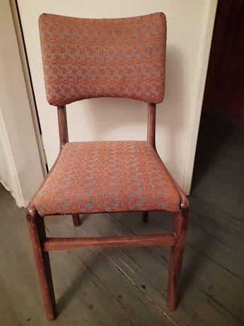 Krzesło z czasów PRL