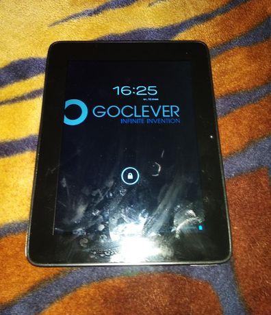 Планшет GOCLEVER R83.2