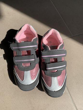 Кросівки дитячі мигаючі